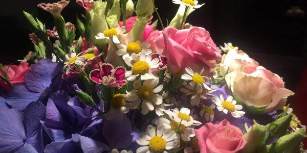 blumenstrauss-hortensie-rosen